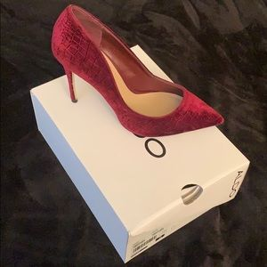 Maroon velvet material heels